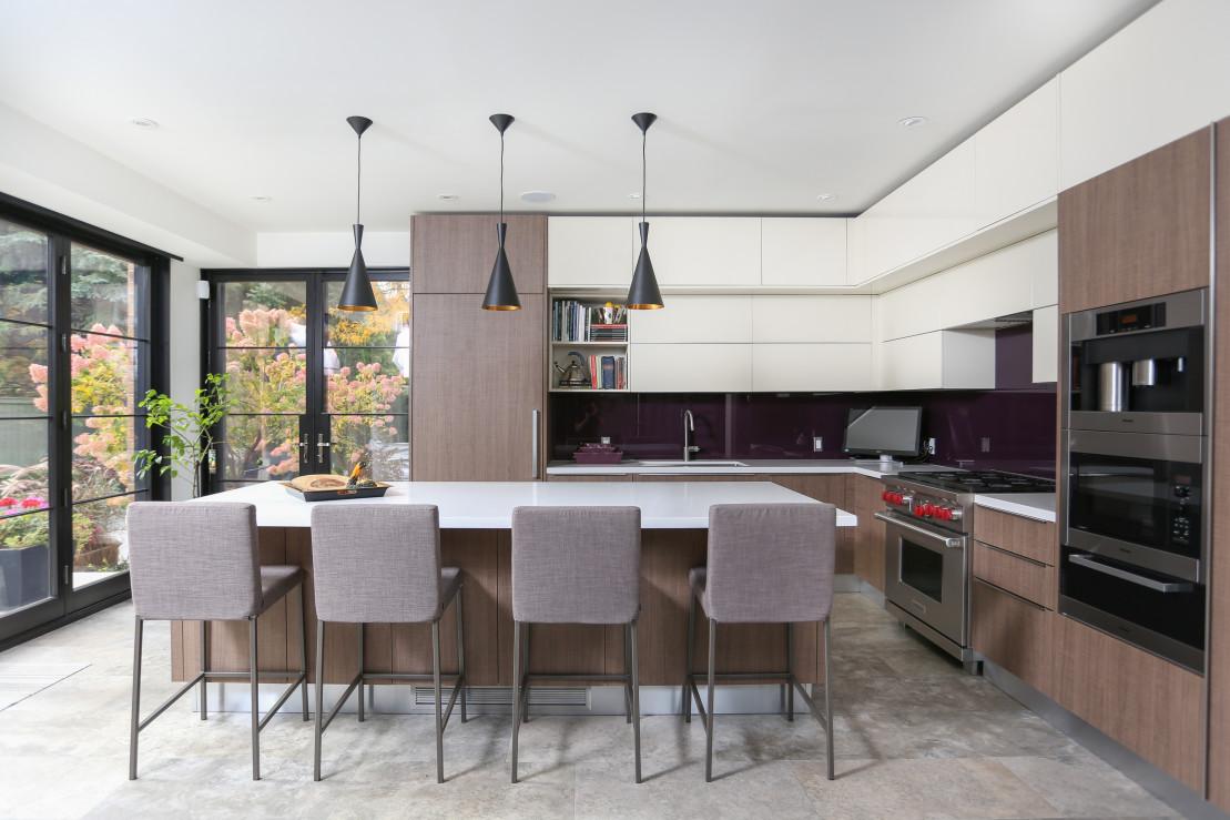 Cromdale ridge kitchen renovation muti kitchen and bath for Perfect kitchen oakville