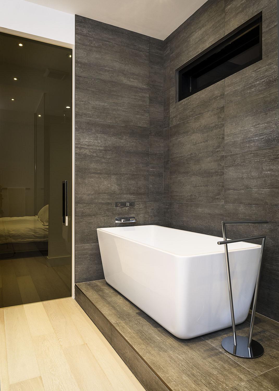 28-Park-Ave_Master-Bathroom-sm