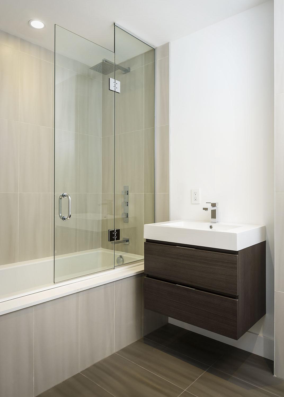 Park Avenue Contemporary Kitchen Muti Kitchen And Bath